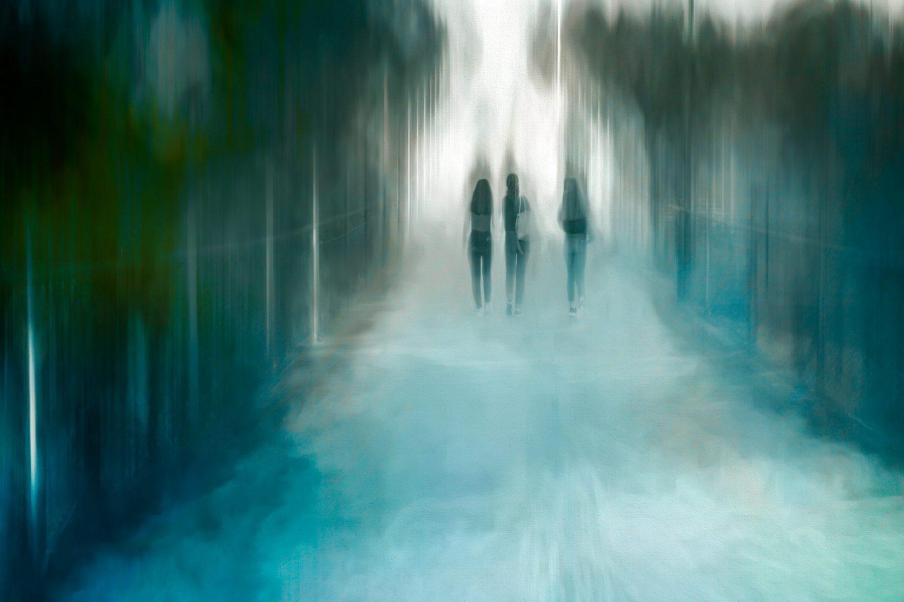 Weg-in-eine-ungewisse-Zukunft-scaled